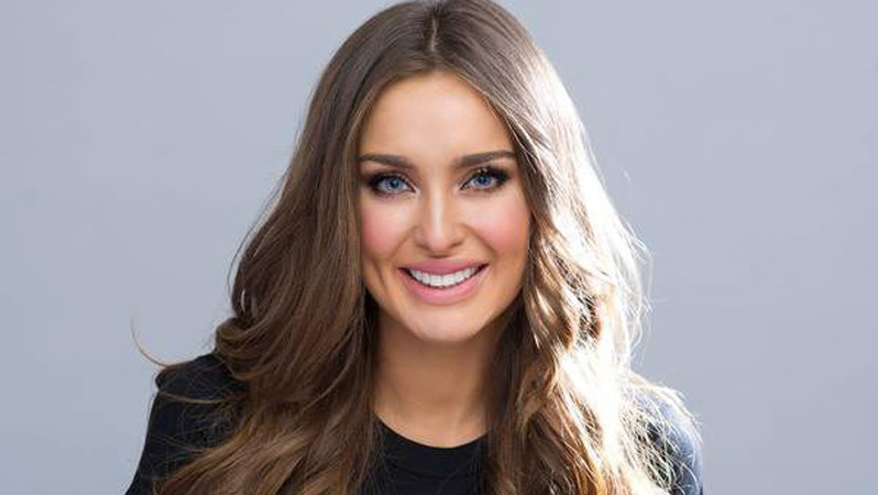 ROZANNA PURCELL ROZ PURCELL IRISH MODEL - WEARING A CYCLE AGAINST SUICIDE T-SHIRT