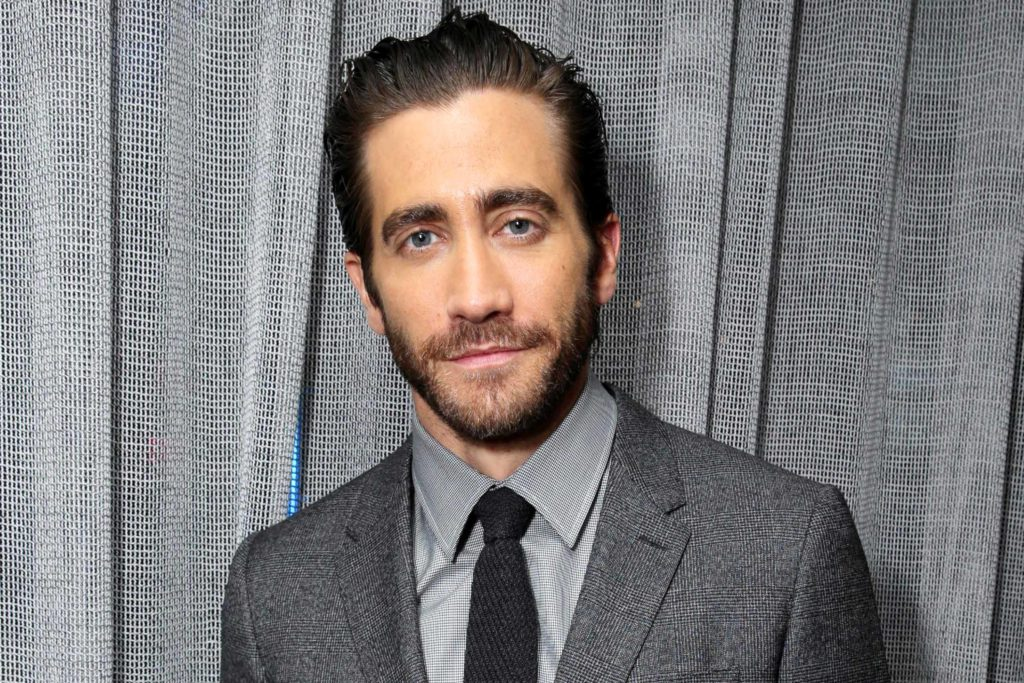 Short Full Beard jake gyllenhaal